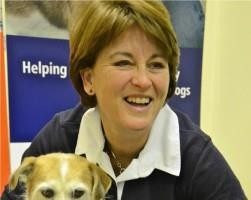 Julia Robertson seminario sui problemi comportamentali legati all'equilibrio muscolare del cane - doggy zen